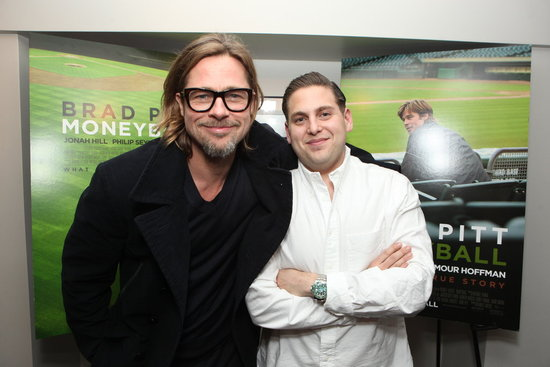 Brad Pitt Heads Home From Vegas For a Night of Moneyball Talk