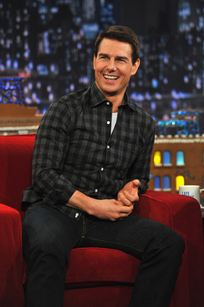 Tom Cruise smiled at his fans in NYC.
