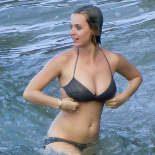 Katy Perry Bikini Pictures on Christmas in Hawaii