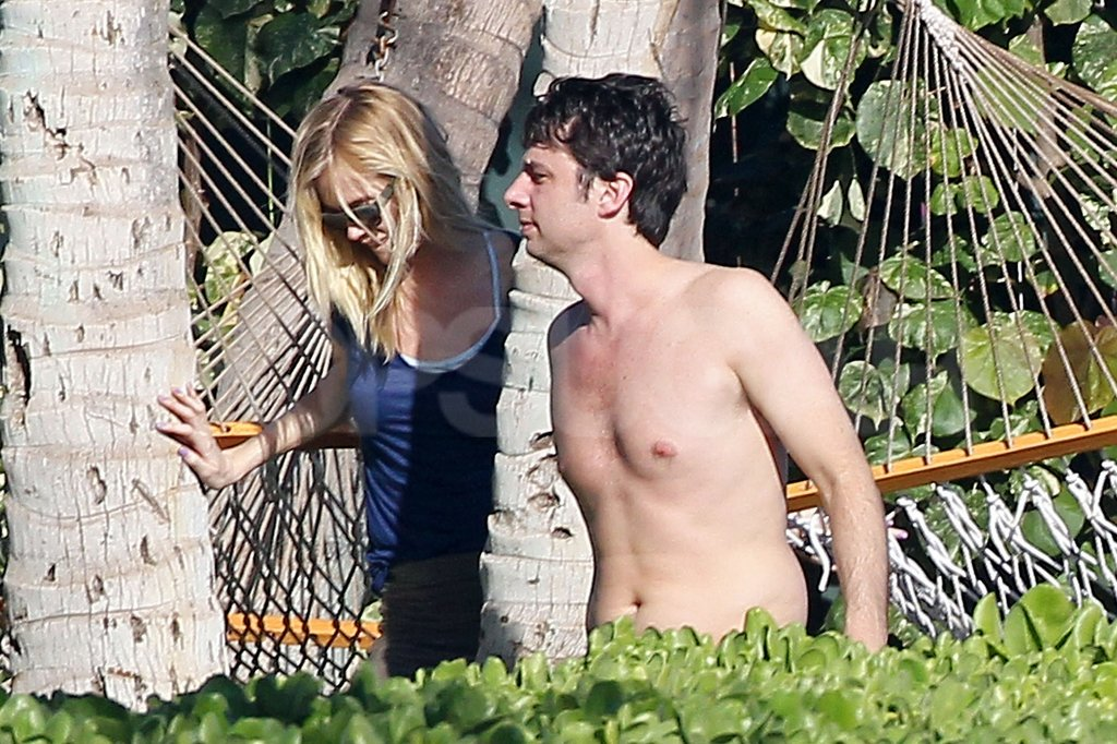 Zach Braff went shirtless for a beach day with Taylor Bagley.