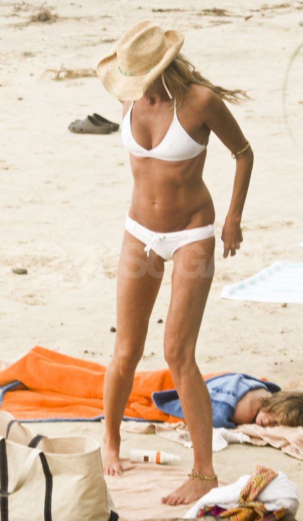 Elle Macpherson showed of her killer bikini body in Australia.