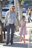 Jennifer Garner and Violet Affleck walked around LA together.