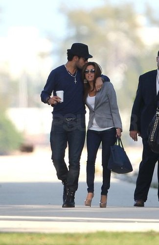 64. Eva and Eduardo Dating