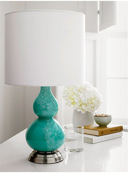 Use a sharpie marker to add a little flair to a solid lamp base. Source: Better Homes and Gardens