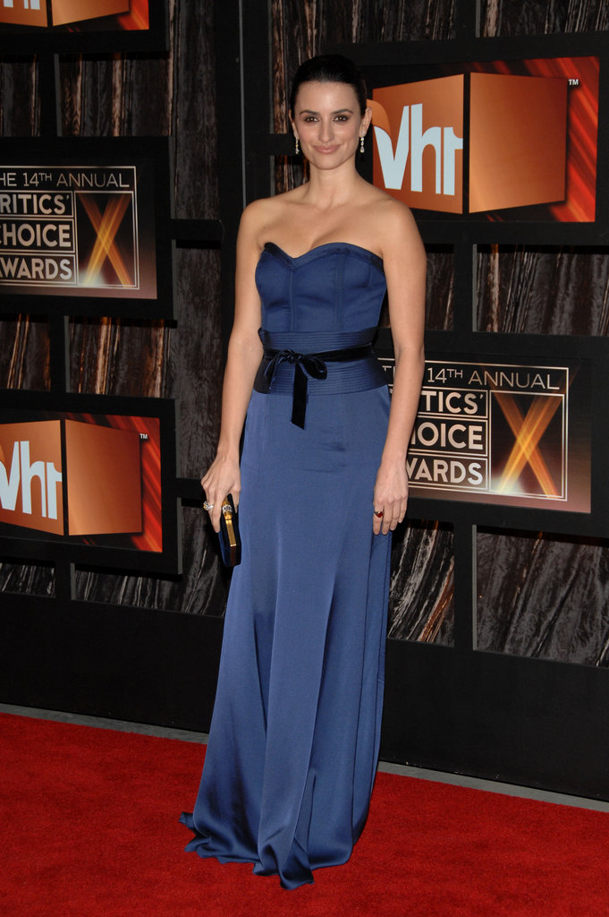 Penelope Cruz graced the red carpet in 2009.