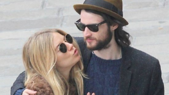 Video: Is Sienna Miller Pregnant? Get the Details!