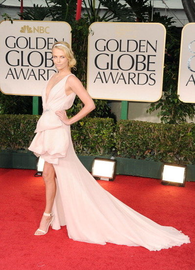 The 2012 Golden Globes Red Carpet Is Here!