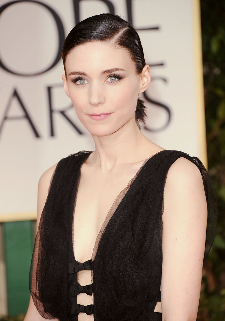 Rooney Mara's Nina Ricci dress at the 2012 Golden Globe Awards featured bows.