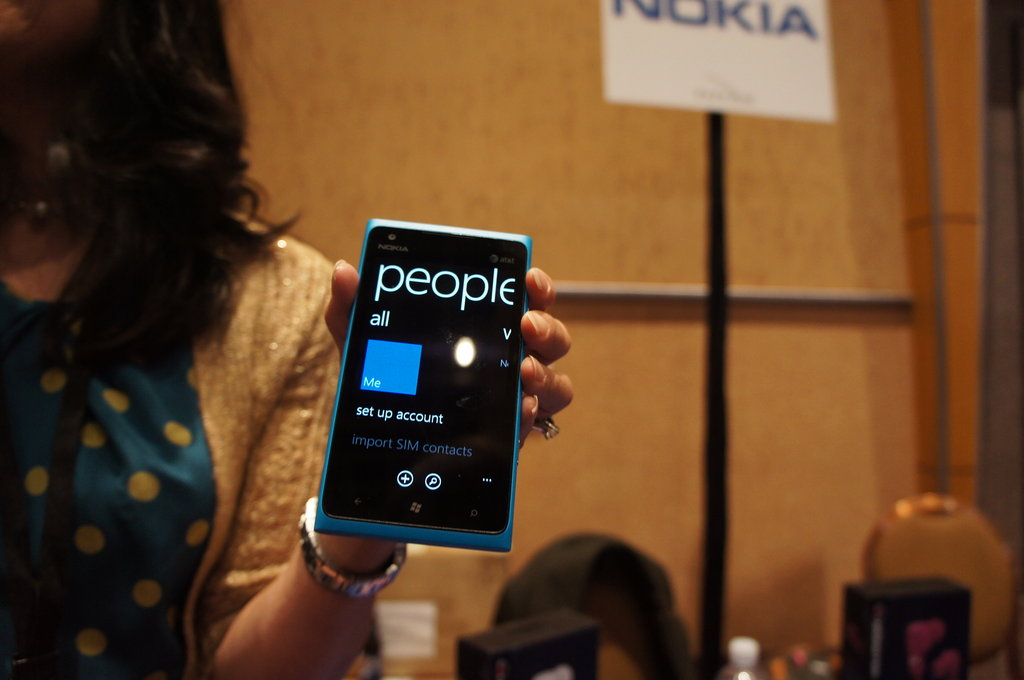 A Closer Look at the Nokia Lumia 900