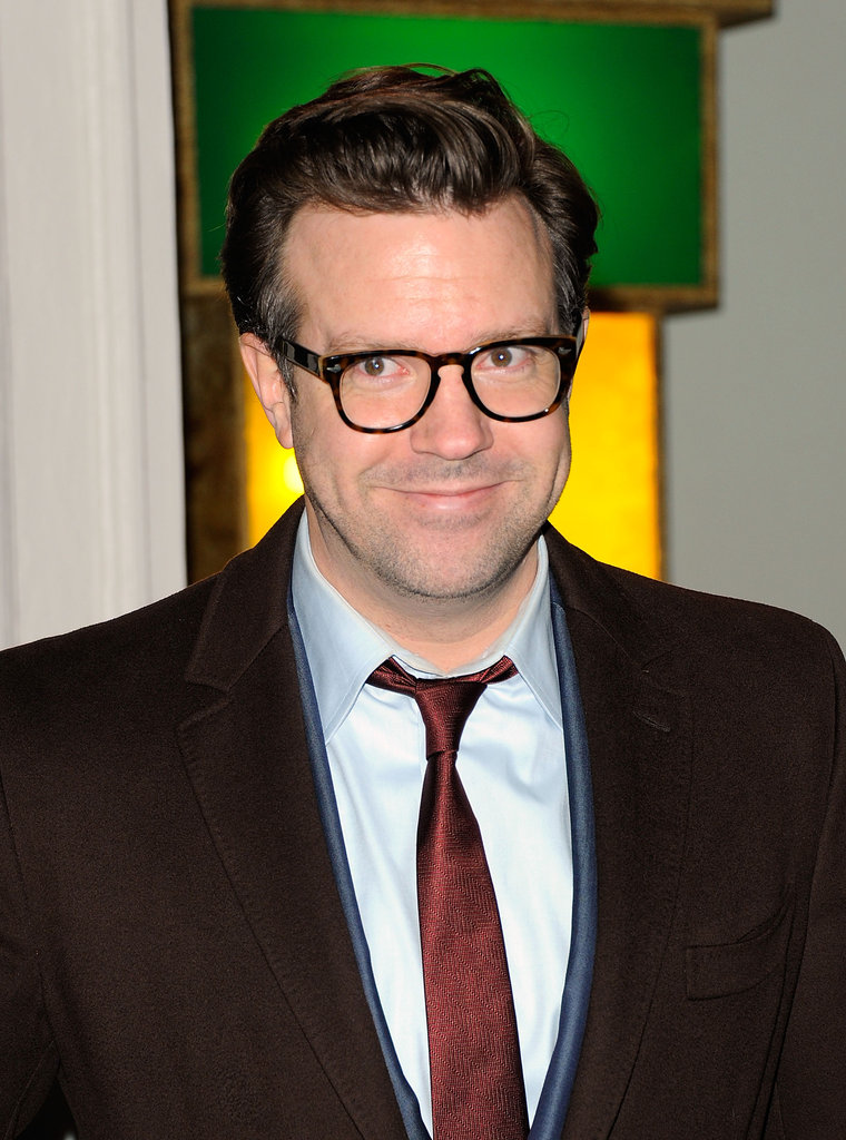 Jason Sudeikis arrived solo at Stella McCartney's store opening.