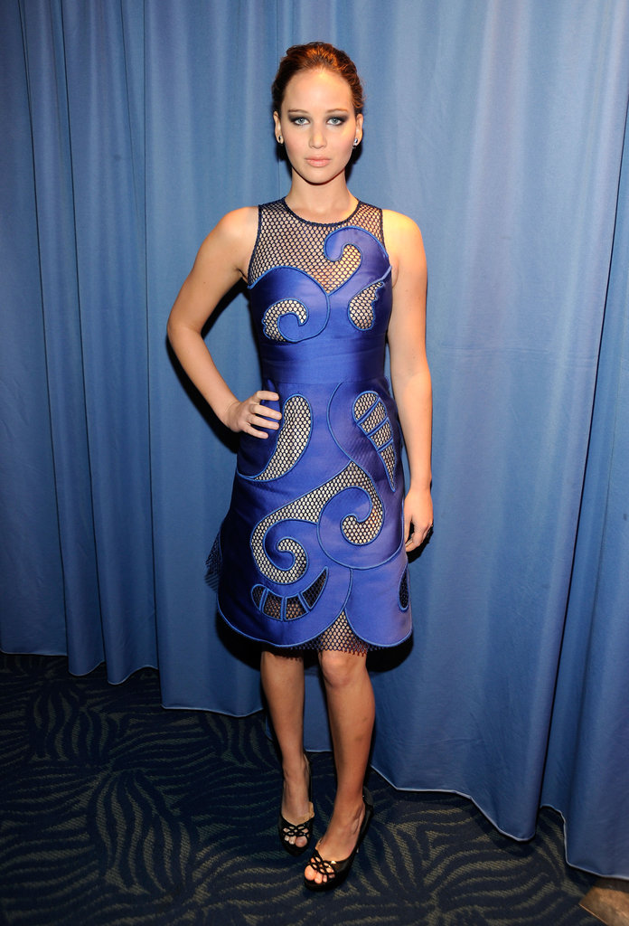Jennifer Lawrence wore blue to the People's Choice Awards.