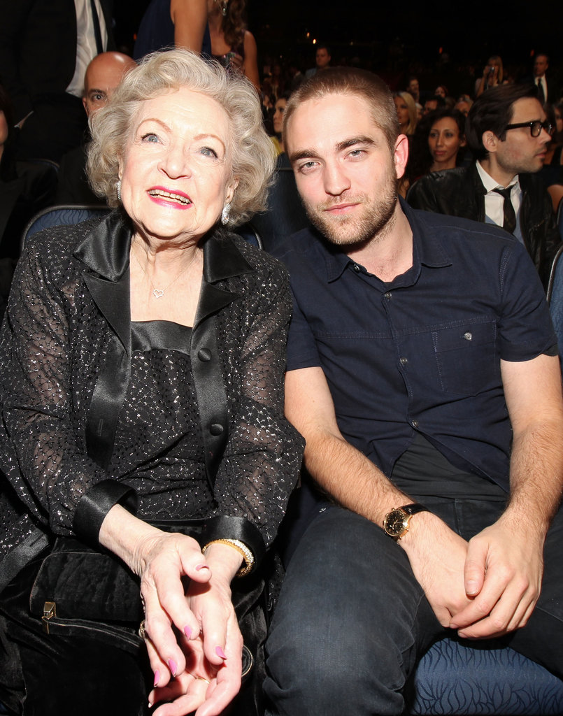 Betty White posed with Robert Pattinson.