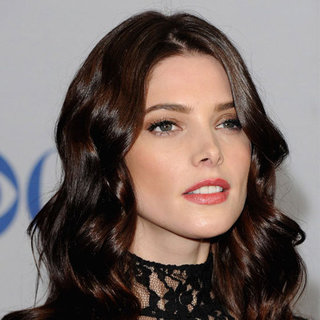 Ashley Greene's Makeup at the People's Choice Awards