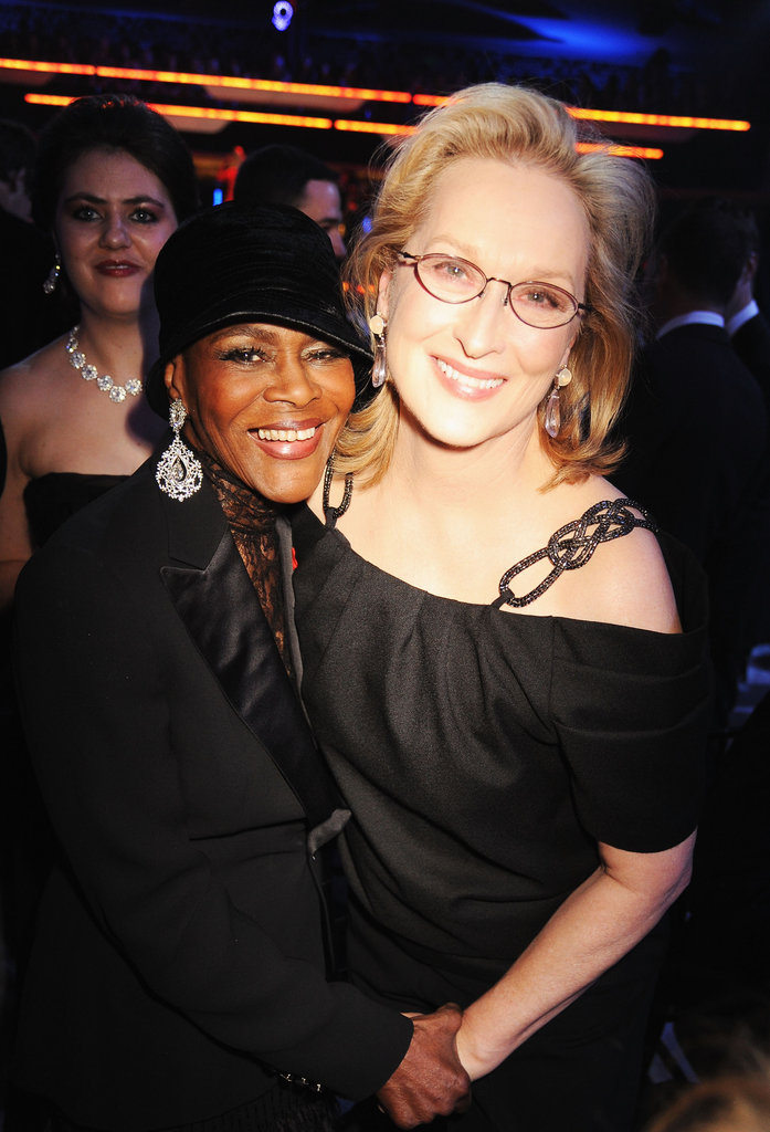Cicely Tyson and Meryl Streep get cozy backstage.