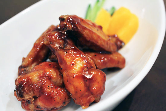 sauced barbecued buffalo wings recipe barbecued buffalo wings ...