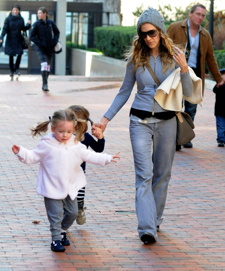 Sarah Jessica Parker took daughters Tabitha Broderick and Loretta Broderick home.