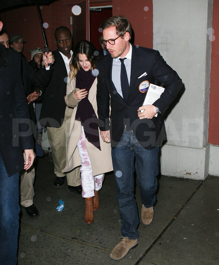 Drew Barrymore amd fiancé Will Kopelman were together in NYC.