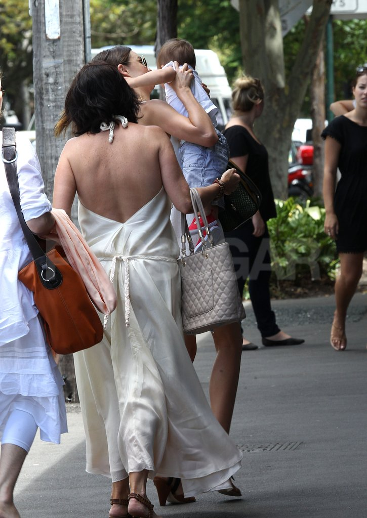 Miranda Kerr adjusted Flynn Bloom on her hip on her way to lunch with Therese Kerr.