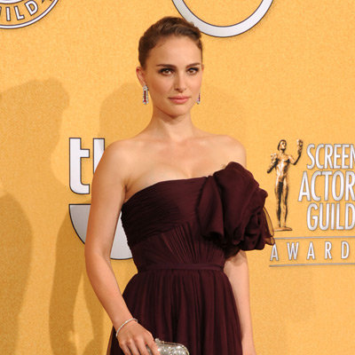 Natalie Portman Giambattista Valli Dress Pictures at 2012 SAG Awards