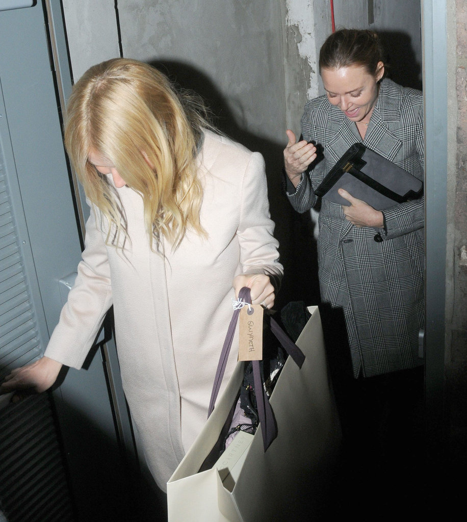 Gwyneth Paltrow and Stella McCartney hit up London's Arts Club for a night out.