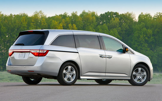 Best Minivan: Honda Odyssey