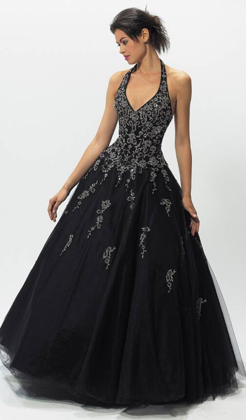 There are many unique black wedding dresses that available in some fashion