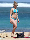 Bikini-Clad Scarlett Johansson Vacations in Hawaii With Her Boyfriend