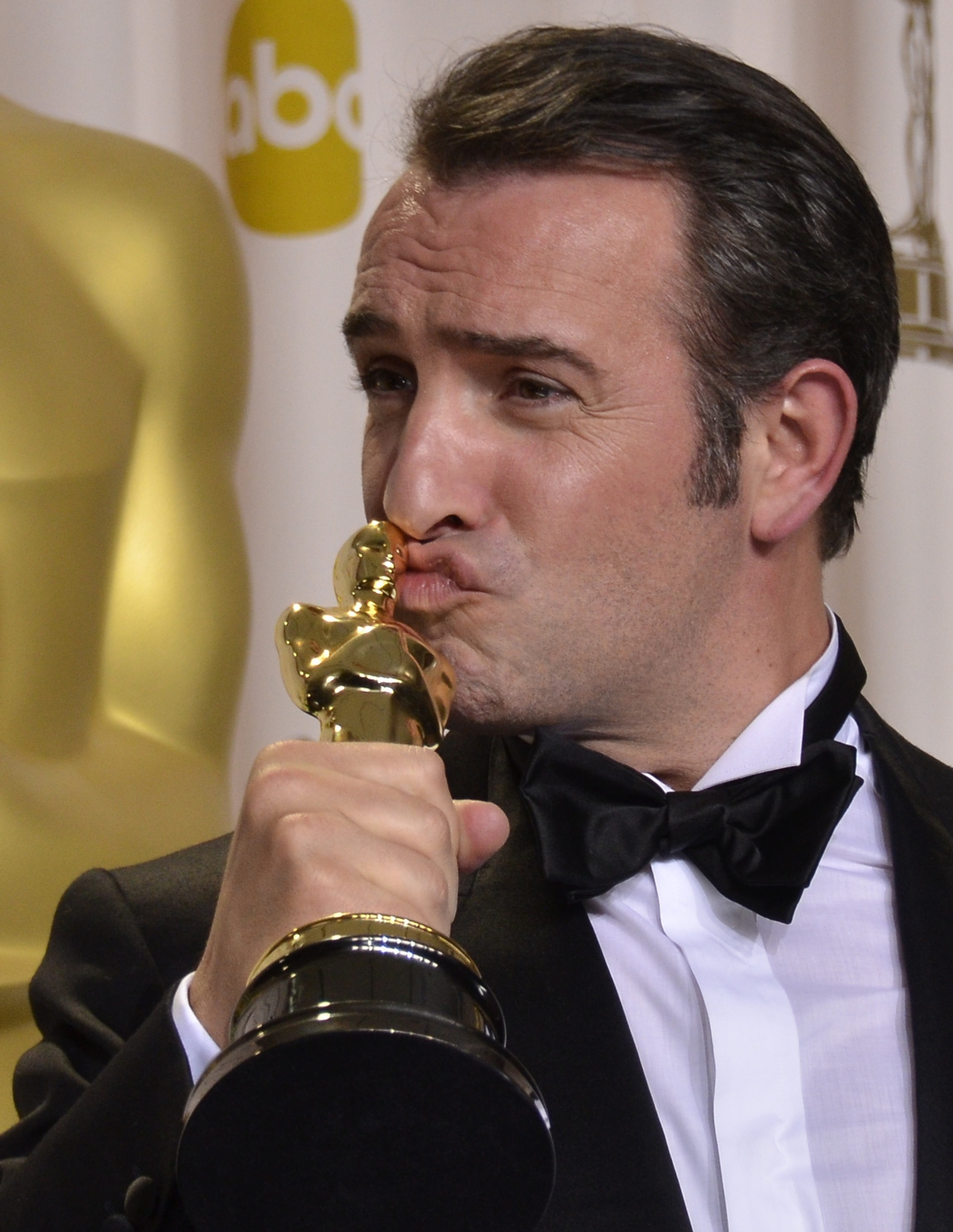 Jean dujardin oscars 2012 see all the best pictures and for Dujardin oscar