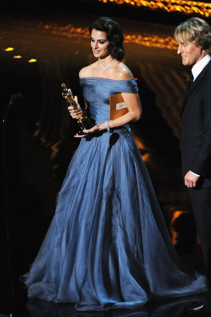 Penelope Cruz took the stage to present an award.