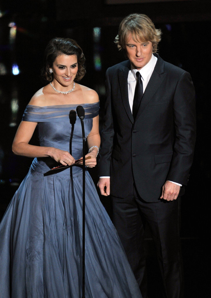 Penelope Cruz and Owen Wilson presented an award together.