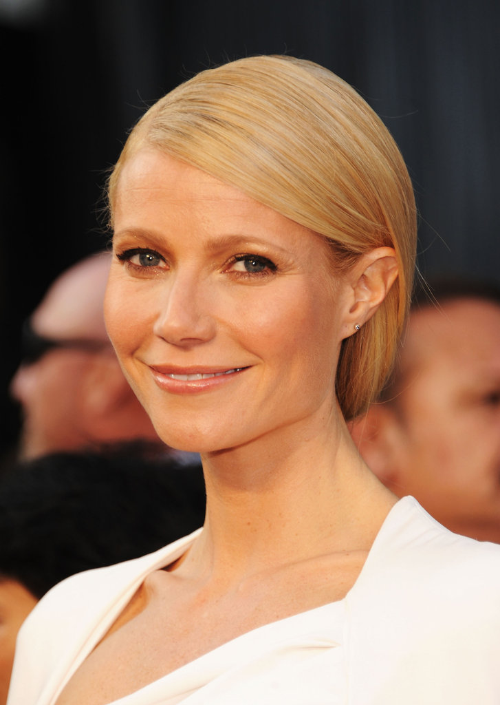 Gwyneth Paltrow smiled at the Oscars.