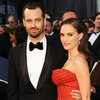 Natalie Portman in Red Polka-Dot Gown at Oscars Picture 2012