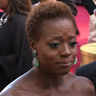 Viola Davis Talking About Her Hair at the Oscars Video