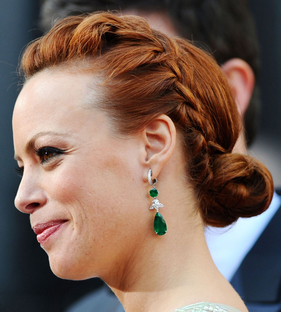 We were captivated by Bérénice Bejo's Chopard emerald and diamond jewels.