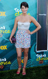 A flirty floral print and a revealing bustier top for the Teen Choice Awards in 2009.