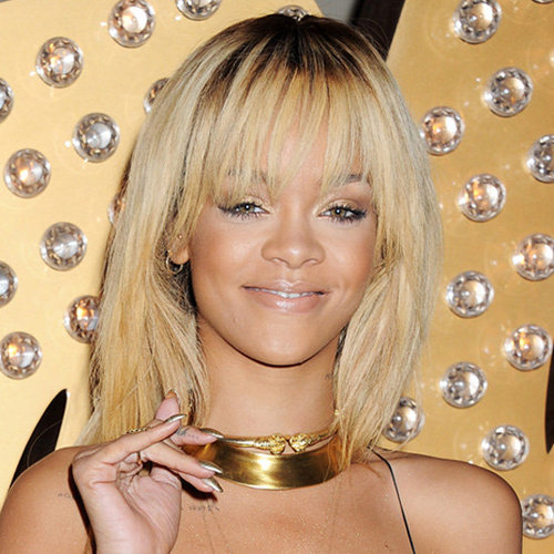 5 Celebrities Wearing Gold Nail Polish