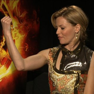 The Hunger Games Cast Video Interview on Skills to Survive the Arena