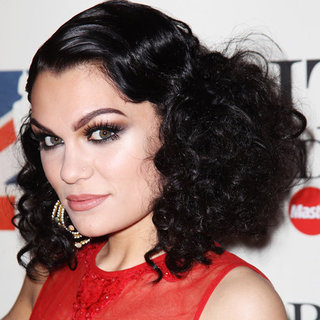 2012 Brit Awards: See All the Hair and Makeup Looks Up Close