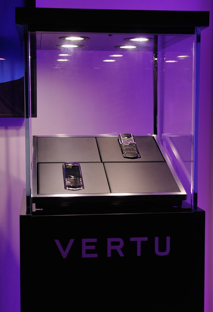 Vertu's Constellation Shines Bright at Oscar Dinner