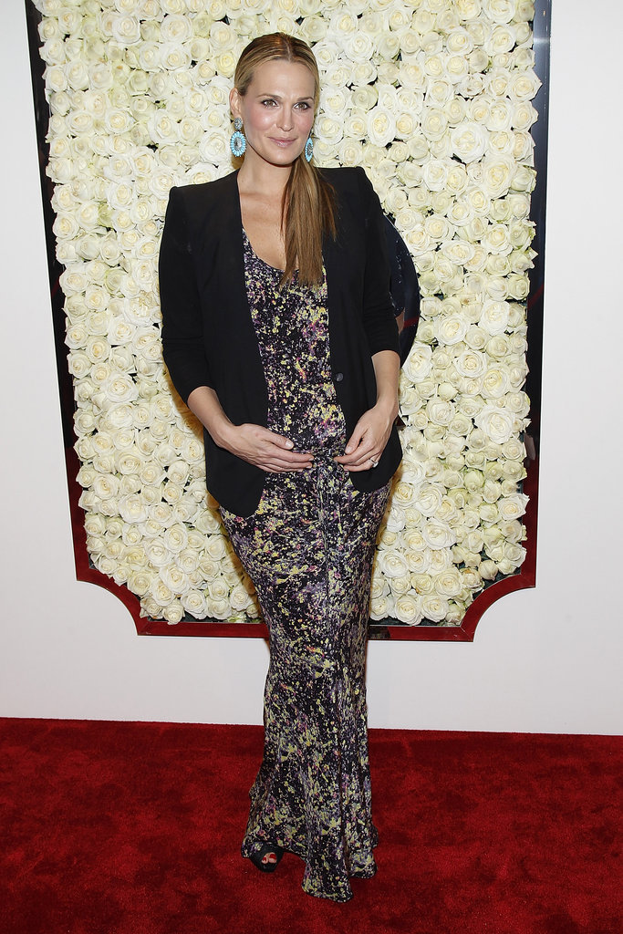 Molly Sims showed off her sweet baby bump in a printed Suno maxi dress and black blazer at QVC's Buzz on the Red Carpet party. The newest Spring pattern? Paisley prints. Check out our favorite pieces right here.