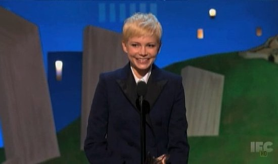 "Video: Spirit Winner Michelle Williams Thanks ""Dreamers"" and ""Dropouts Just Like Me"""