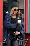 Beyoncé Knowles cozied up to Blue Ivy Carter.