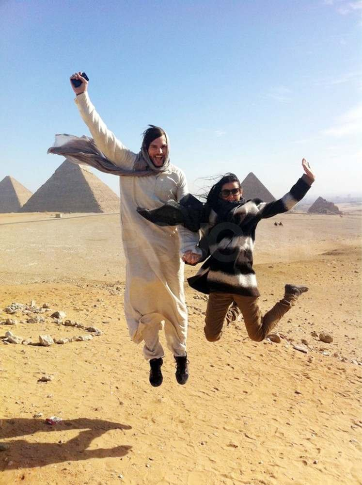 Demi Moore and Ashton Kutcher showed their excitement during a 2010 trip to Egypt.