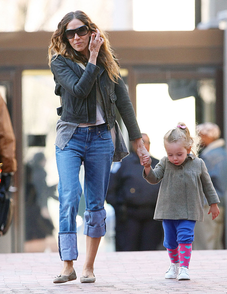 Sarah Jessica Parker walking to school with her daughter, Loretta Broderick.