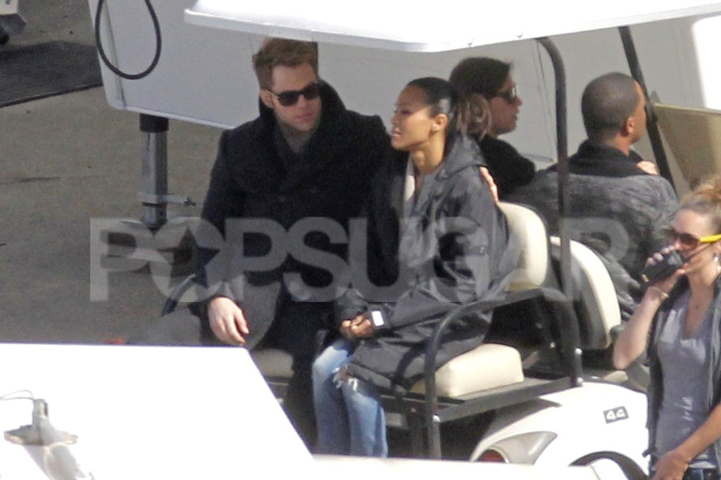 Chris Pine chatted with Zoe Saldana before shooting new scenes.