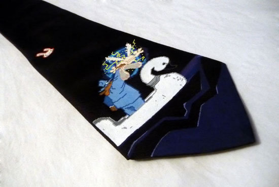Sam and Max tie
