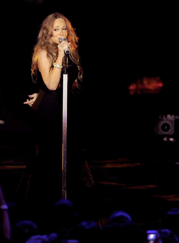 Mariah Carey sang in NYC.