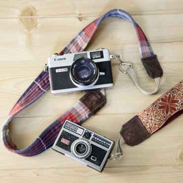 ModCloth Upcycled Camera Strap DIY