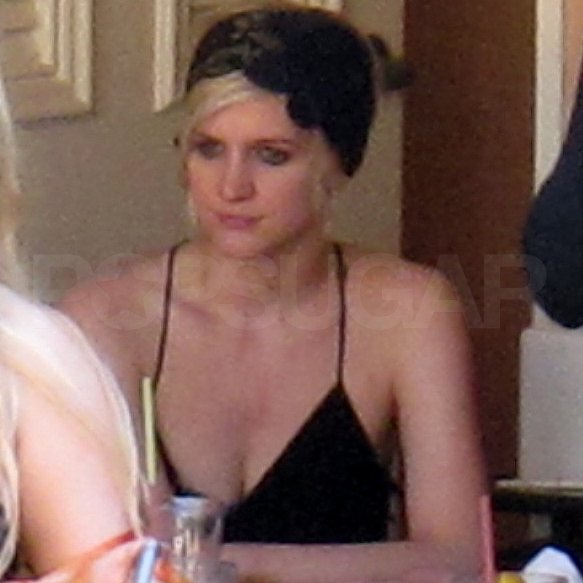 Ashlee Simpson had a pool day.