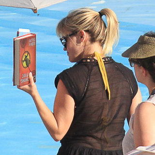Reese Witherspoon Reading Hunger Games Pictures